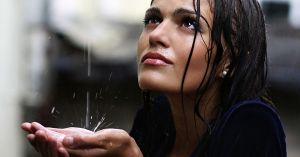 Utjecaj kiše na vašu kosu
