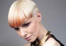 Neobična narančasta frizura