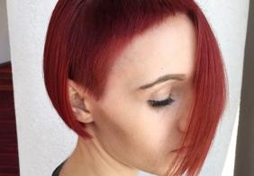 Asimetrične jedinstvene frizure