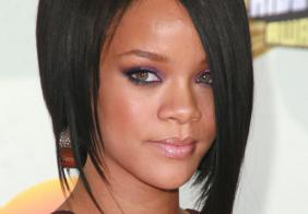 Rihanna - poznate frizure