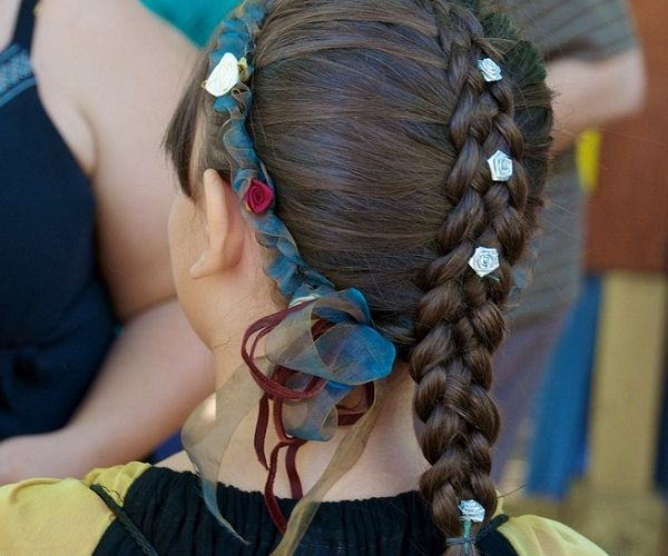 Riblja kost - dječja frizura