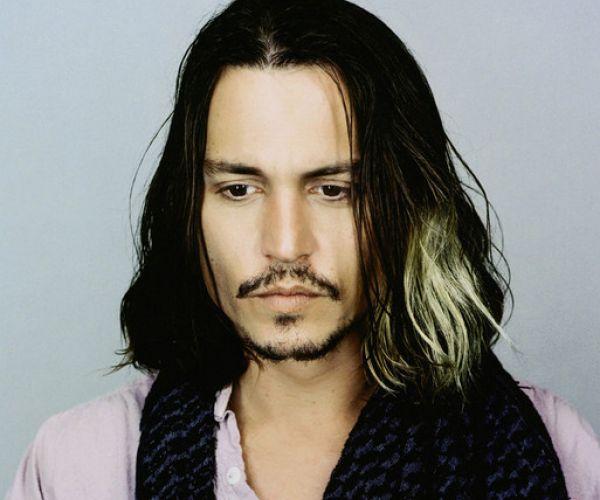 Johnny Depp - kosa do ramena