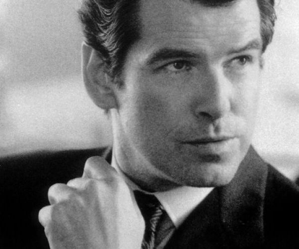 Pierce Brosnan - klasični James Bond