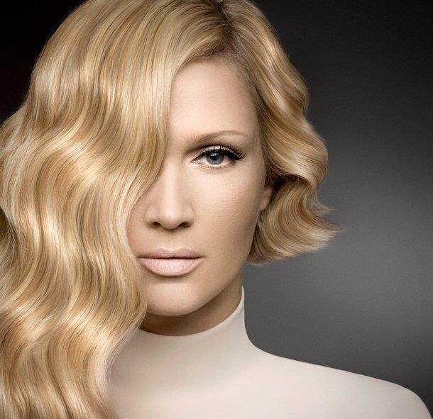Vanna - asimetrična frizura