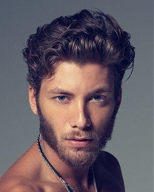 Kovrčava muška frizura