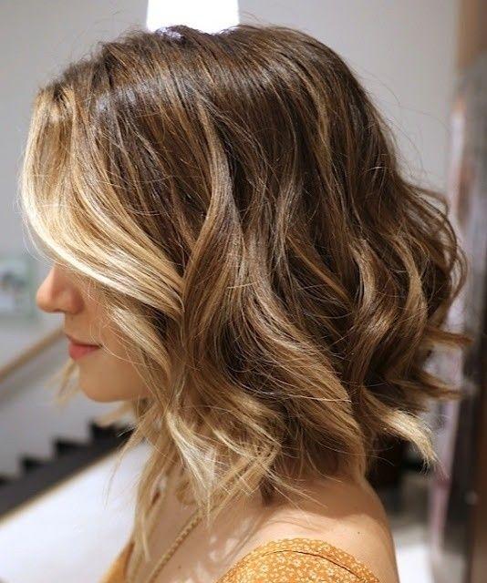 Plave šiške i smeđa kosa