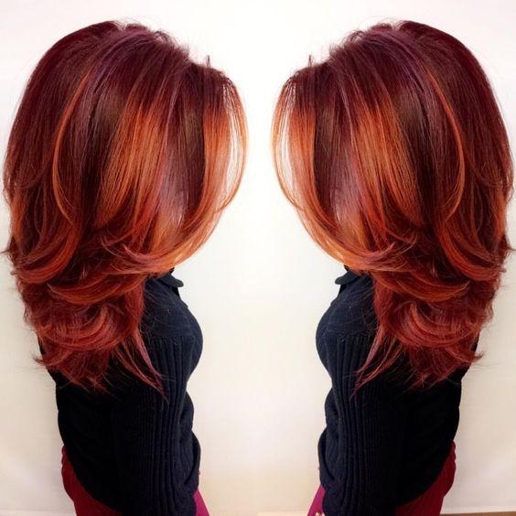 Crvena postepena frizura