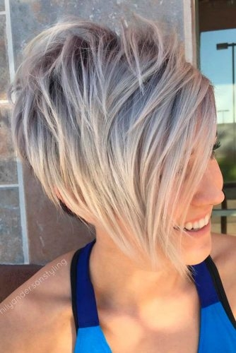 Kratke postepene frizure su postale veliki trend