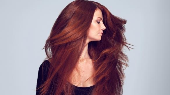 10 trikova za gušći izgled kose