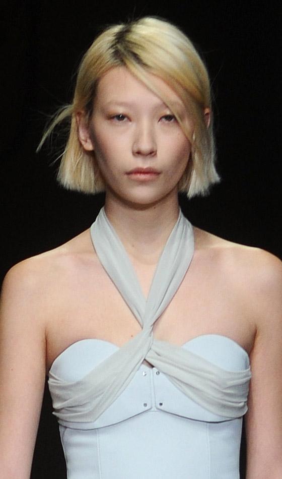 Simetrične frizure za novi izgled